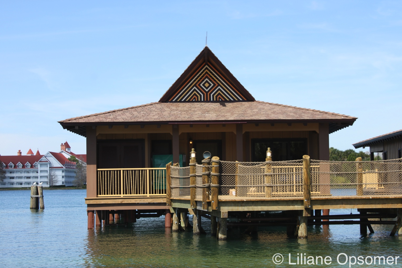 A Review Of Disney S Polynesian Bungalows The Unofficial