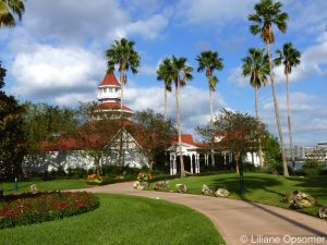 Walt Disney World Resort Hopping