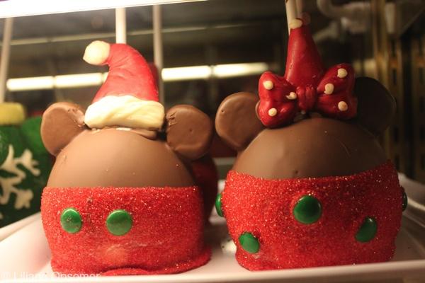Christmas caramel apples