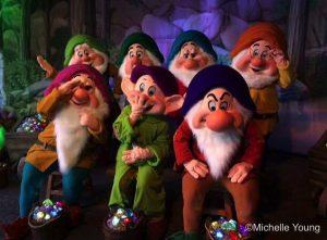 seven-dwarfs1-halloween-2016