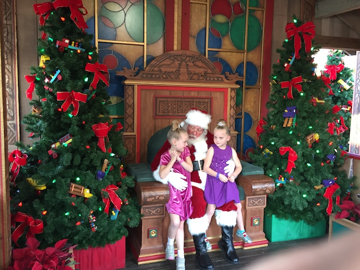 santa-at-disney-springs
