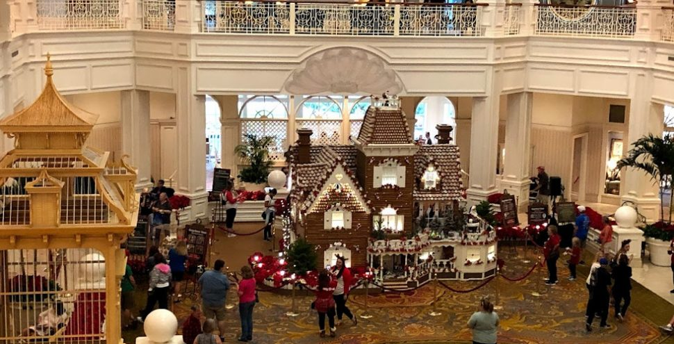 WDW-GrandFlo-gingerbread2019-featured
