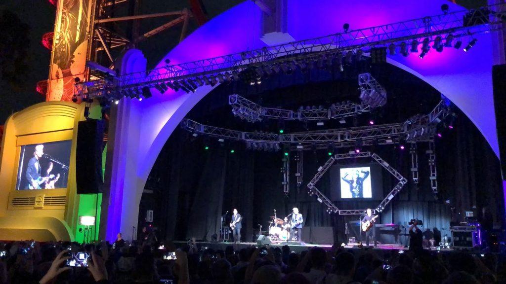 Universal Studios Florida Mardi Gras concert Music Plaza stage