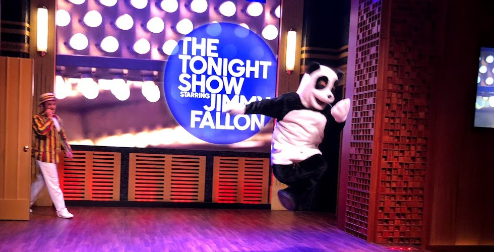 Jimmy Fallon VIP Studio Tour Hashtag featured