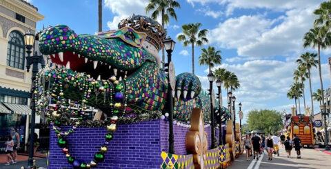 Universal Orlando Mardi Gras 2021 King Gator featured